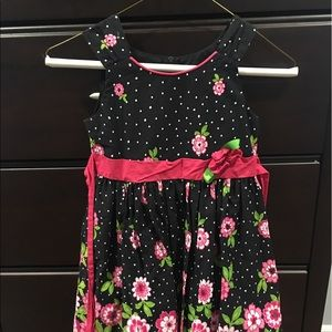 Rare editions flower dress, worn 3 times, like new